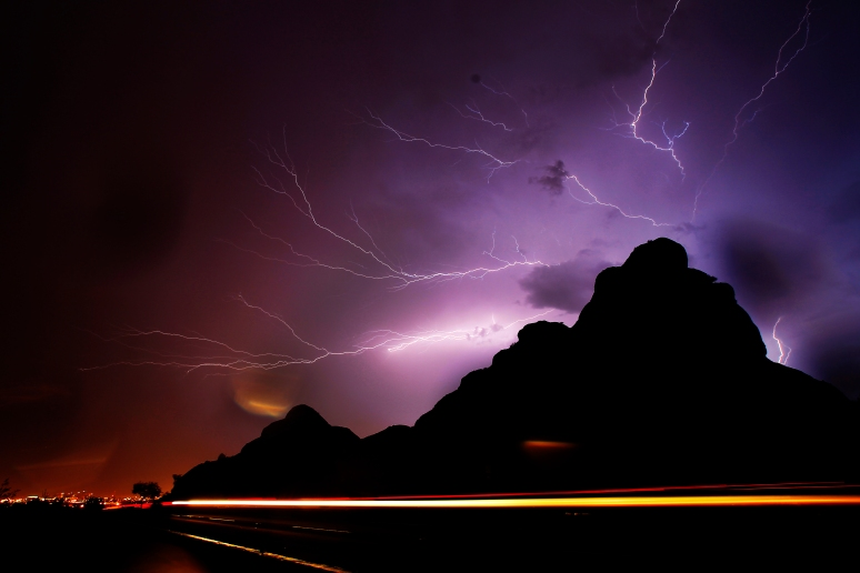 1st X08.MKC.Lightning